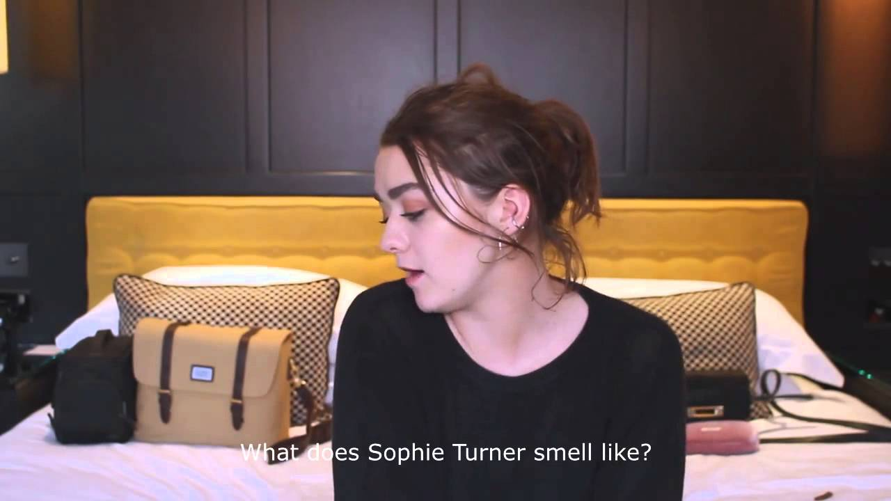 Hot Youtube Sophie Turner and Maisie Williams naked photo 2017