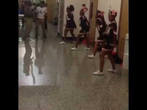 The cheerleaders of Baltimore City College