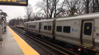 MTA LIRR Bombardier M7 entering Little Neck with a 2:22 train to Penn Station