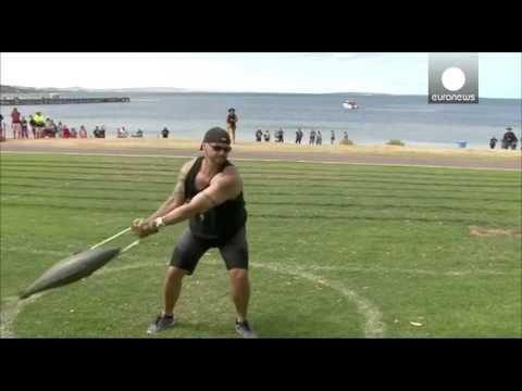 What An Oppor-tuna-ty! Fish Throwing Championship Comes To Australia