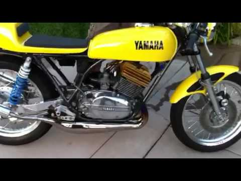 1975 yamaha rd 350 youtube. Black Bedroom Furniture Sets. Home Design Ideas