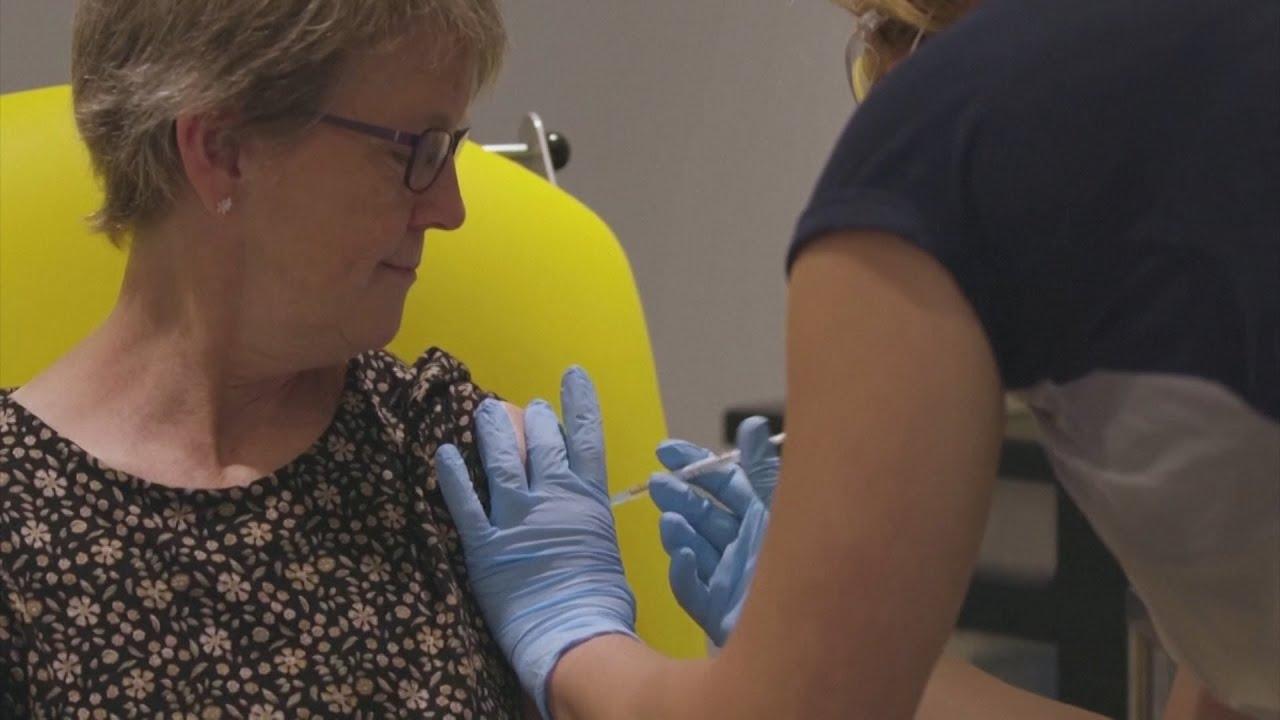 Reanudan los ensayos clínicos de la vacuna de Oxford contra el coronavirus