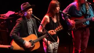 Beck & Charlotte Gainsbourg - Heaven Can Wait (HD) Live In Paris 2013