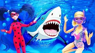 Куклы Леди Баг иБарби напляжной вечеринке САКУЛАМИ?! —Видео скуклами— Ловушка Джокера