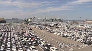 국산차 내수판매 7년만에 10만대선 무너져..'설·파업…