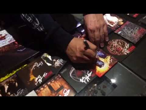 Glenn Benton Signning my Deicide Collection
