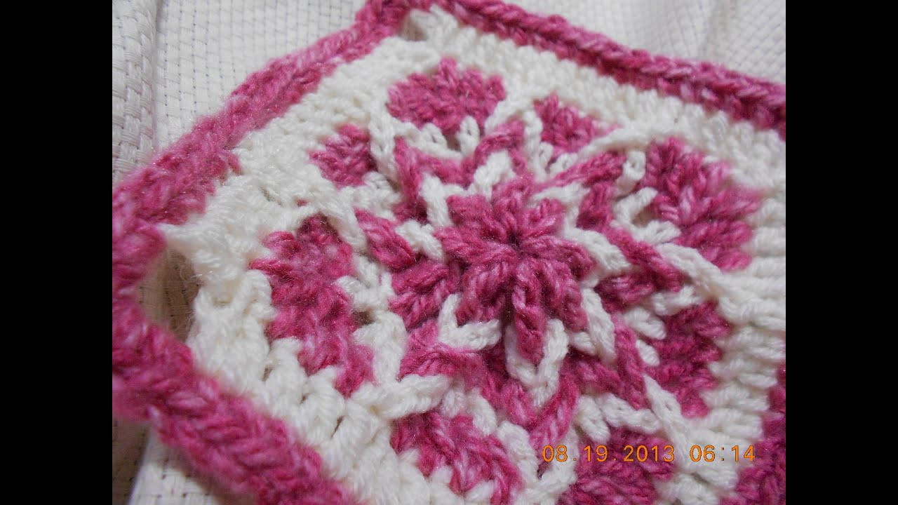 Free Crochet Pattern For Polish Star : Cuadro tejido de la orilla al centro - YouTube