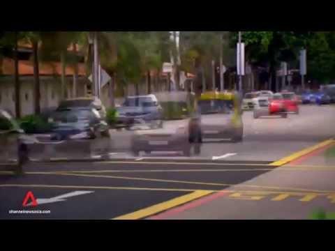 IT FIGURES S2: Ep 8 - Crash Singapore
