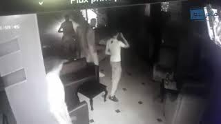 قبل أثناء و بعد إلقاء القبض على إسكوبار مكناس فيديو من قلب الملهى الليلي ومن داخل سيارة الشرطة