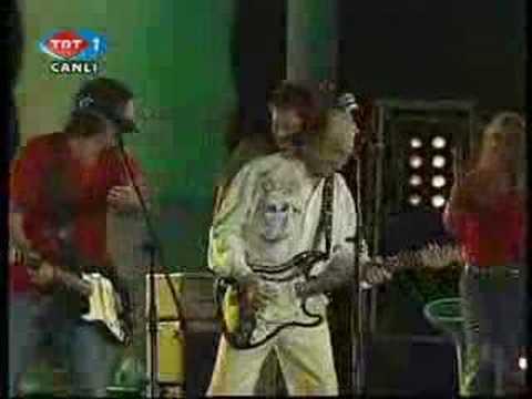 Duman & Erkin Koray - Fesupanallah [www.turkcerock.net]