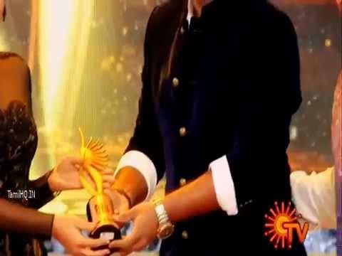 Haricharan singing manogari song in iifa awards
