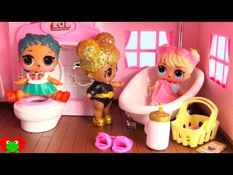 LOL Surprise Dolls New Bathroom In Dollhouse Toy Video
