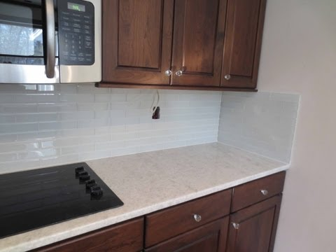 how-to-install-glass-tile-kitchen-backsplash