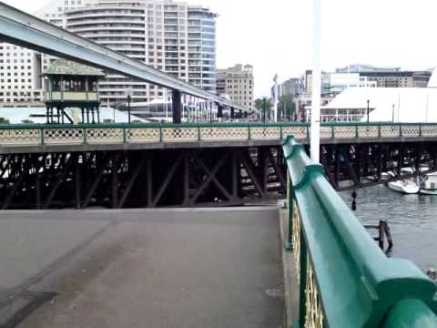 Pyrmont Bridge Open Closes In Darling Harbour