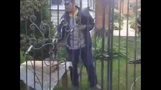 Саратов , сварка ворот инвертором ТОРУС(Жена решила украсить ворота на даче ажурными элементами из металла. Я пригласил знакомых мастеров из сосед..., 2014-09-06T21:44:20.000Z)