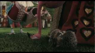 Скачать ALICE IM WUNDERLAND Offizieller Trailer 2