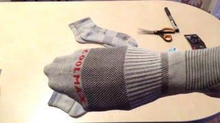 2 пары носков для занятия активным отдыхом, купленные на АлиЭкспресс.  ----------------------------- Ссылка на товар:  http://ali.ski/uL_U1 ----------------------------- Одна пара оказалась с браком. Размер на ногу не более 270мм длины стопы, т.е. максимальный размер 41-42. Цена за пару 4$. За брак продавец молча вернул половину! По этому считаю, что почти на шару две пары носков (за 2$).  Пару раз одевал для трекинга. Все отлично!