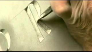 Уроки гравера. Режем объемные буквы.(Видео на котором Эндрю Уиттл режет объемные буквы на гранитной плите. Сайт http://stone-engraver.ru., 2012-05-22T11:29:50.000Z)