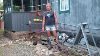 Комплекс упражнений с гантелями дома. 1