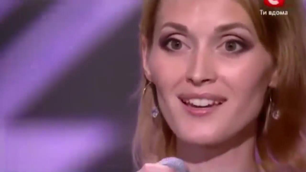 Download Žiri je prekinuo njen nastup jer su mislili da ne pjeva ona.