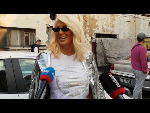 Jelena Karleusa:  JA SAM LEPOTICA! Koleginice ne prepoznajem bez sminke! Boli me k*rac za Bubajalu!