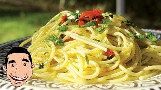 Spaghetti Aglio e Olio | Garlic Spaghetti Recipe | Italian Food Recipe