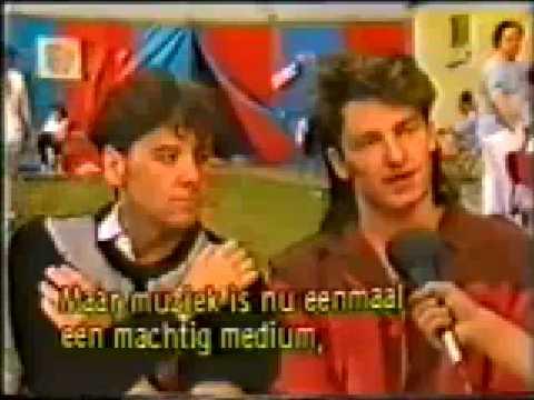 Bono en Jim Kerr Interview Werchter 1983