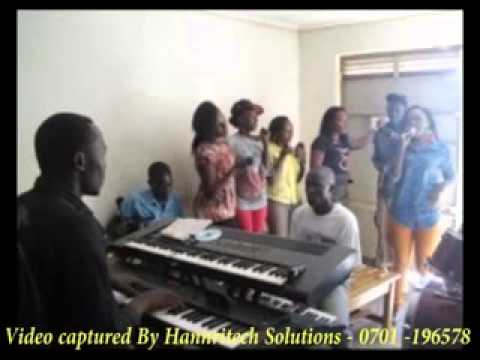 Download Rema - Oli Wange Song Rehearsal Phase One Ahead Of Kukaliba Concert 2013