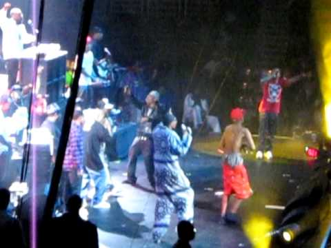 YG and SNOOP DOGG - Toot It and Boot It - Live at POWERHOUSE 2010