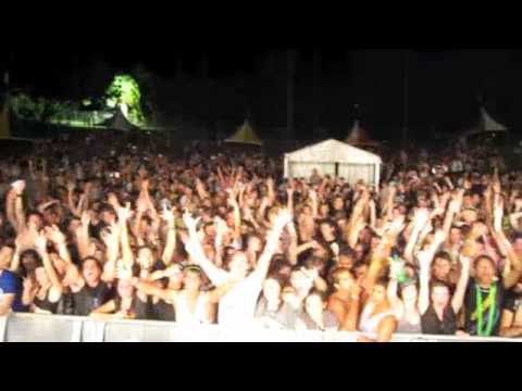 Claudia Cazacu - Valley Of The Kings - Performance @ Pure Sounds In The Park - Darwin