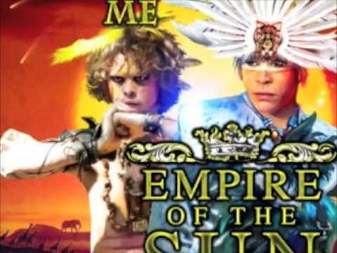 Клип Empire Of The Sun - Romance To Me