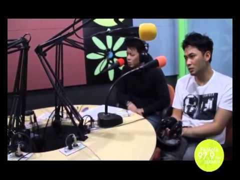 Separuh Aku by NOAH Band LIVE at 97.9 FeMale Radio