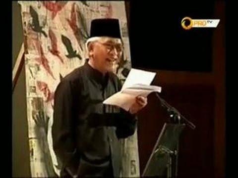 Negeri haha hihi... - Puisi oleh GUS MUS (A  Mustofa Bisri)