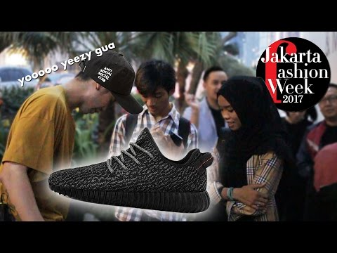 WEARING SUPER FAKE YEEZY at JAKARTA FASHION WEEK 2017!!