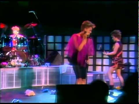 Go-Go's - Our Lips Are Sealed (Wild At The Greek Live '84)