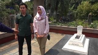 Video Ziarah ke Makam Ade Irma Suryani download MP3, 3GP, MP4, WEBM, AVI, FLV Agustus 2018