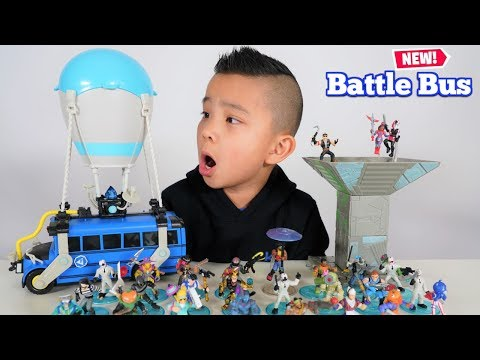 New FORTNITE Battle Bus And Ultra Rares Figurines Ckn Toys