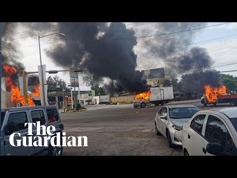 Violent clashes erupt between cartel gunmen and police in Mexico