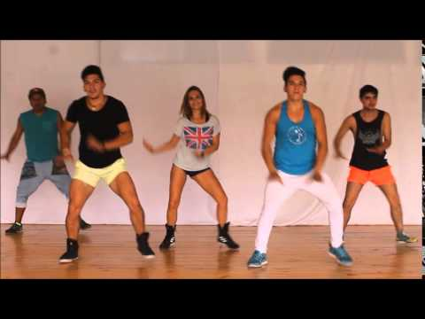 uptown funk coreografia oficial  zumba twins ft  raquel call luis bravo dani zumba