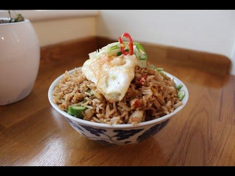 How to make Nasi Goreng (Fried Rice)