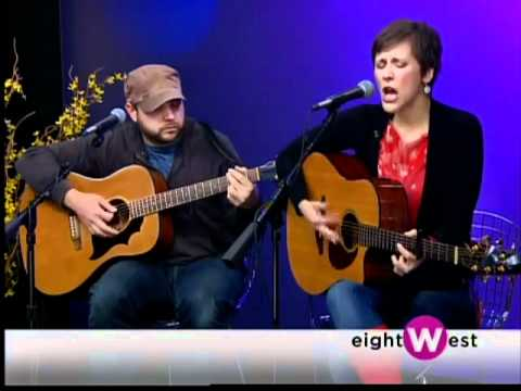 An old interview and live performance of Kelsey Rottiers & the Rising Tide from 2012.