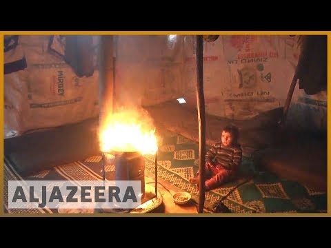 🇸🇾 Syrian refugees burn plastic to survive harsh winter | Al Jazeera English
