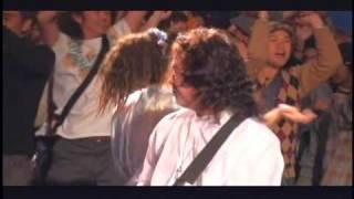 最高の盛り上がりを見せたアースデイコンサートから「サバニ」。