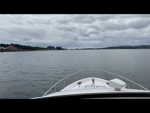Meridian 580 Pilothouse video