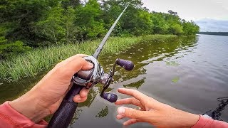 JIG Fishing In Shallow PADS (Big Bass Challenge)