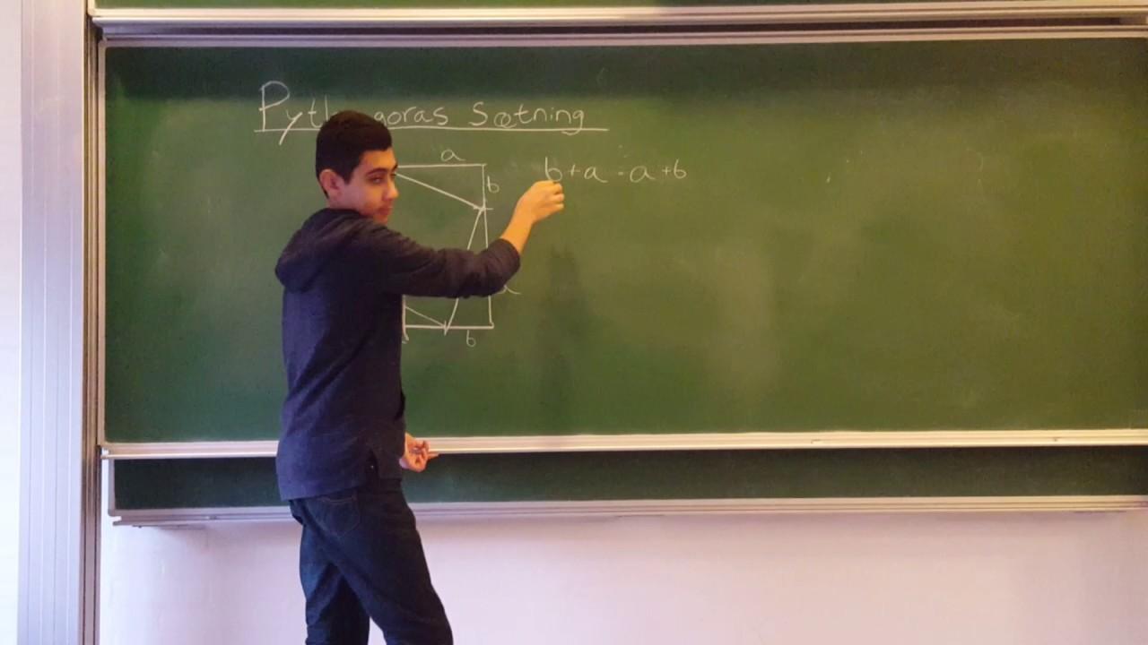 matematikvideo lavet af anas, kaare og august