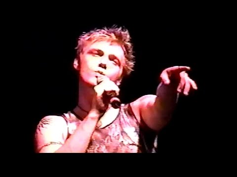 Nick Carter - Now or Never Show - Key West - Nov. 2002 (@_BoysOnTheBlock)