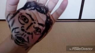 パーにアイライナーで描いています。