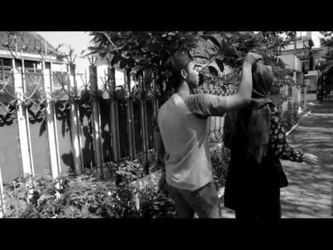 Boim ex Voila - Kupeluk Selamanya (clip cover)