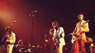Watch Eric Clapton Roll It Over Live video